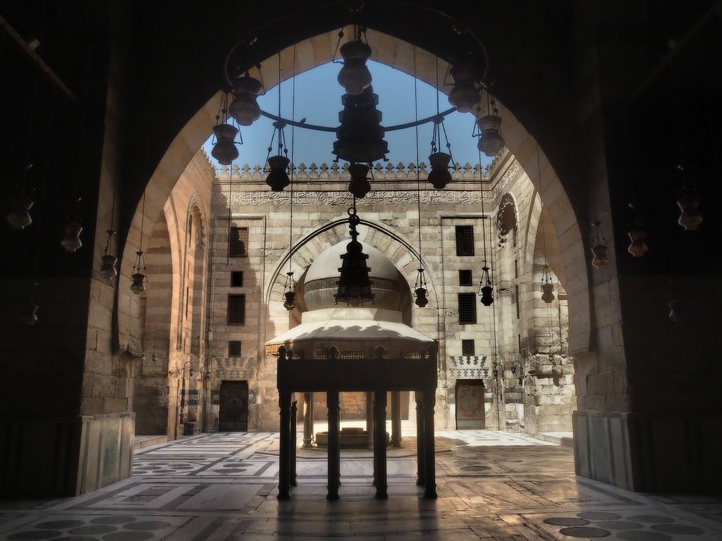 Ain al Qasrain - Zwischen den Palästen