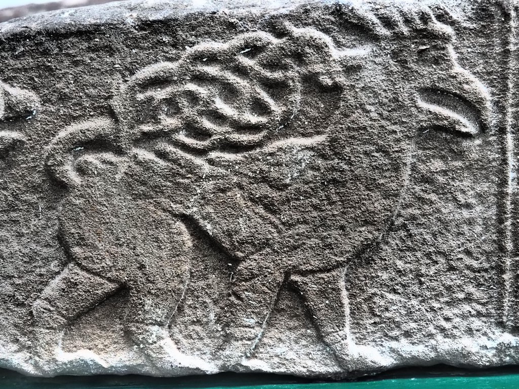 Fabelwesen, Löwengreif mit skythischem Hirschgeweih