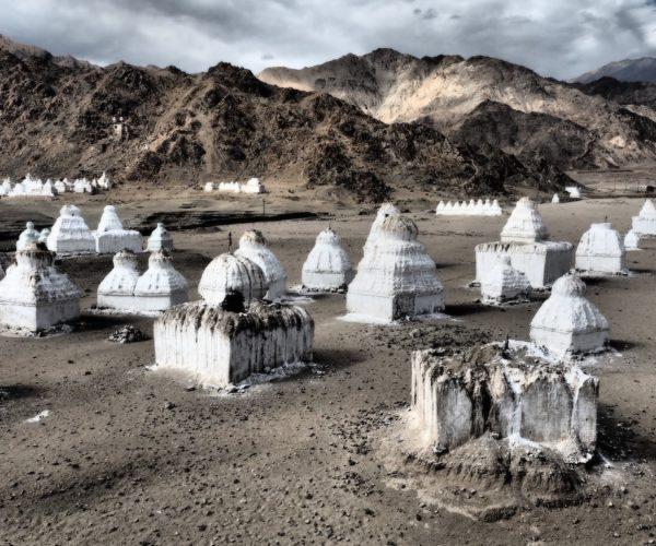 Das Bagan Ladakhs, hunderte von Tschörten bei Shey