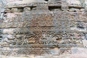 Sandsteinreliefs am großen Stupa