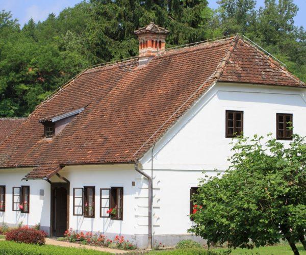 2 (Kroatien)